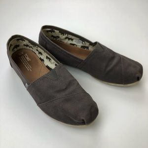 Toms Shoes in Plaid Gray Slip-Ons Women's Size 11